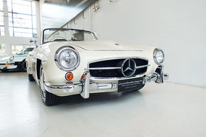Picture of 1957 restored 190 SL, hardtop, original books and tools, stunning SOLD