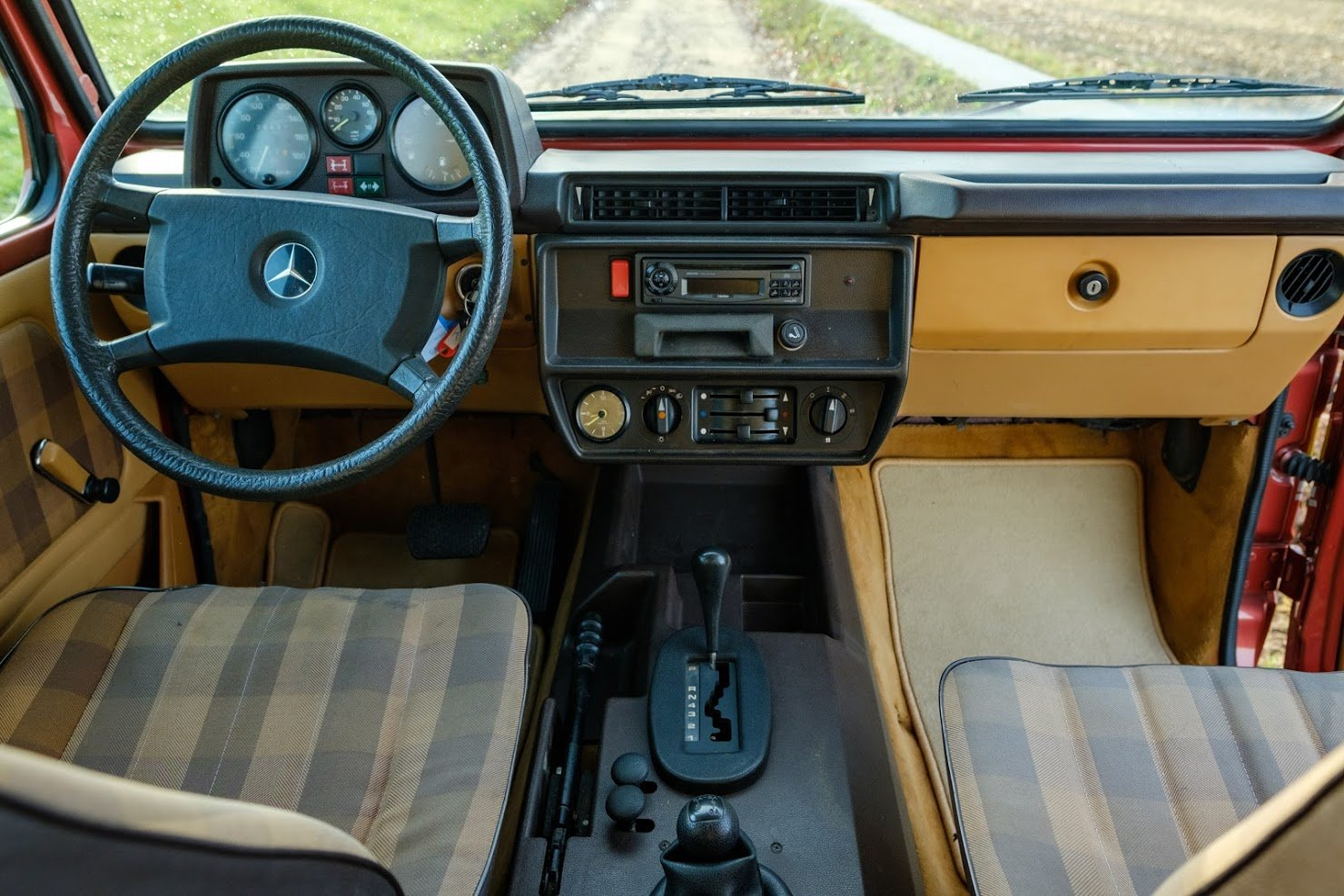 1986 Mercedes G, Mercedes 230 GE, Mercedes 4x4, Mercedes SOLD (picture 4 of 4)