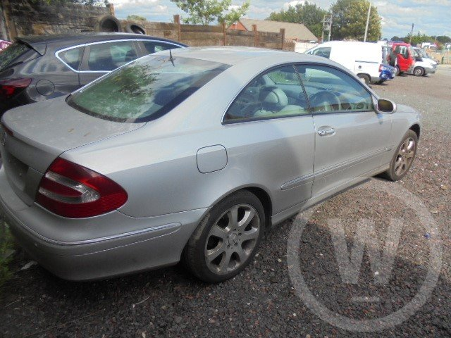 2004 mercedes bez clk320 petrol  For Sale (picture 4 of 6)