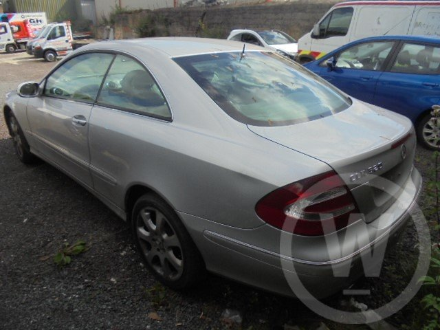 2004 mercedes bez clk320 petrol  For Sale (picture 5 of 6)