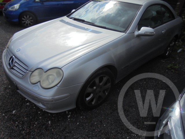 2004 mercedes bez clk320 petrol  For Sale (picture 6 of 6)