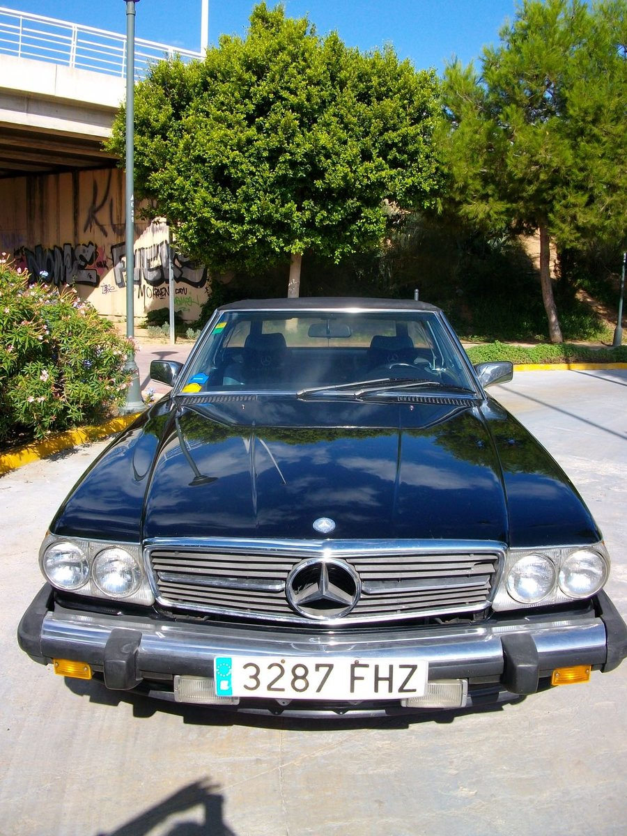 1988 Mercedes 560SL For Sale (picture 2 of 5)