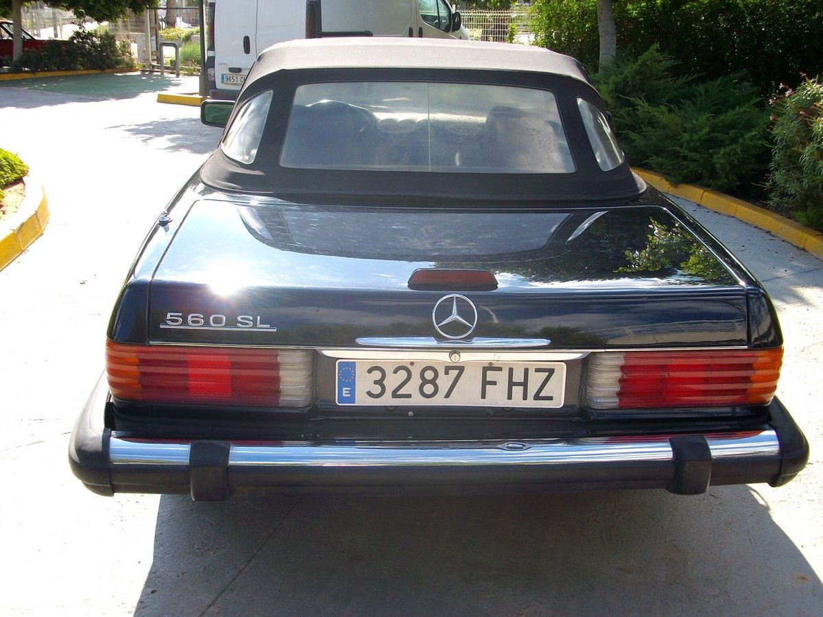 1988 Mercedes 560SL For Sale (picture 3 of 5)