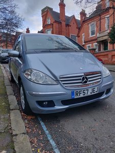 2007 Mercedes A180 CDI auto 5 door blue full history