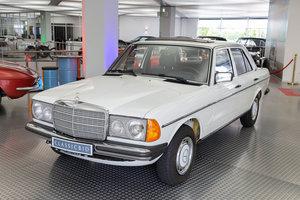1981 Mercedes-Benz 230 E (W 123) For Sale