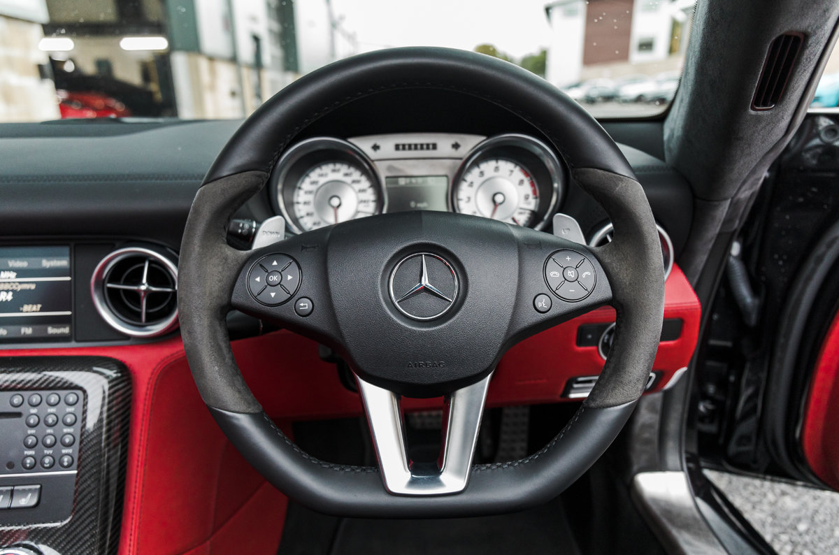 2011 61 Mercedes-Benz AMG SLS Roadster For Sale (picture 4 of 6)