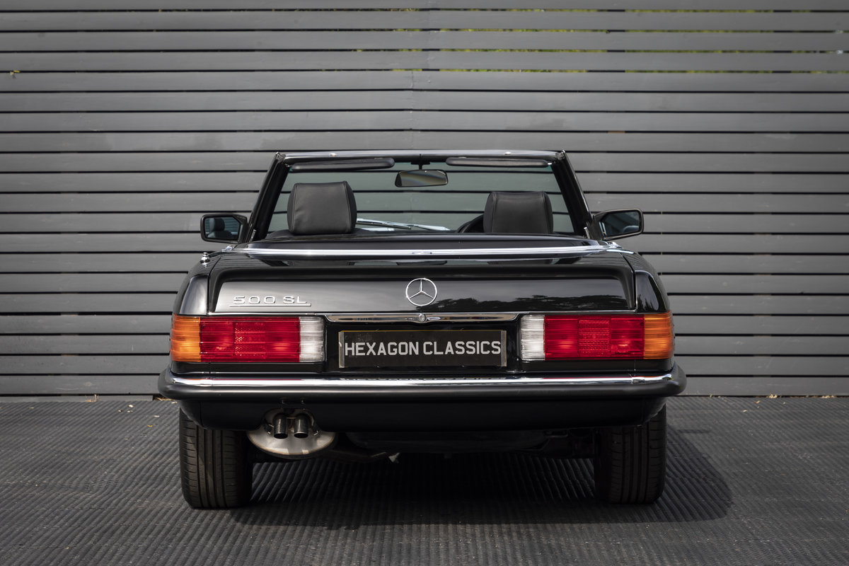 1988 Mercedes 500SL R107 ONLY 4700 MILES For Sale (picture 7 of 24)
