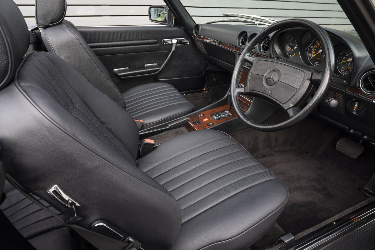 1988 Mercedes 500SL R107 ONLY 4700 MILES For Sale (picture 8 of 24)