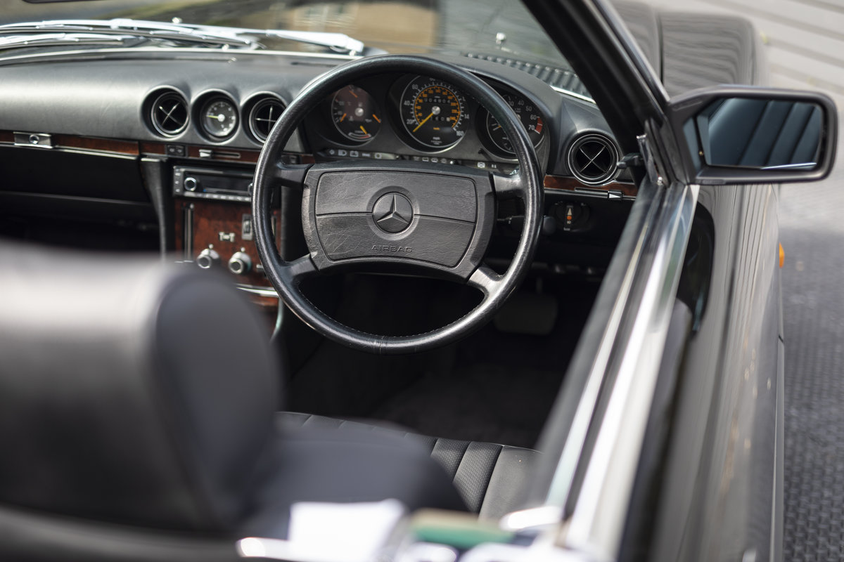 1988 Mercedes 500SL R107 ONLY 4700 MILES For Sale (picture 10 of 24)