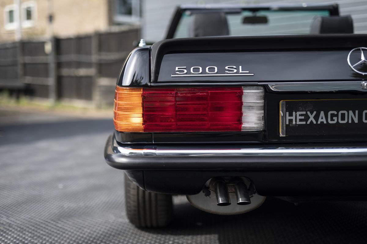 1988 Mercedes 500SL R107 ONLY 4700 MILES For Sale (picture 17 of 24)