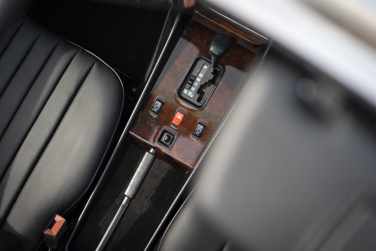 1988 Mercedes 500SL R107 ONLY 4700 MILES For Sale (picture 21 of 24)