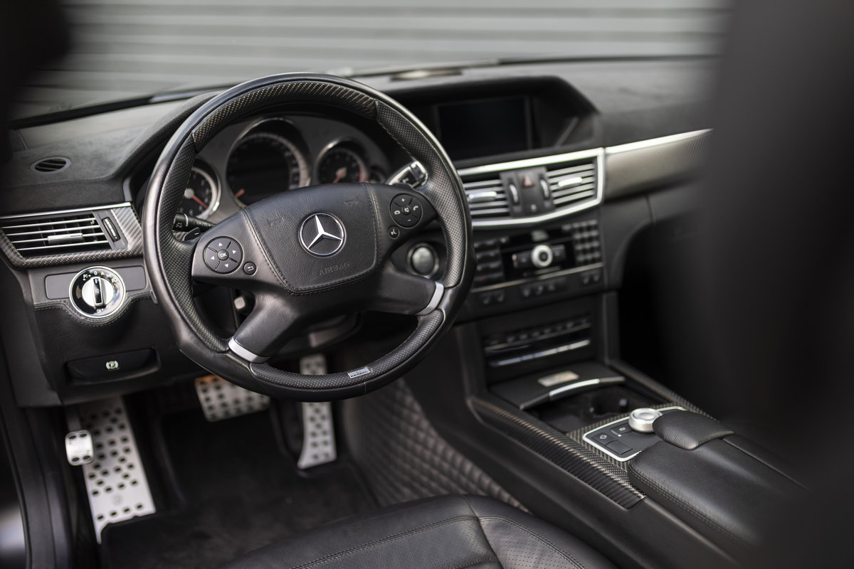 2009 V12 BRABUS LHD COST NEW 498K Euros  For Sale (picture 9 of 24)
