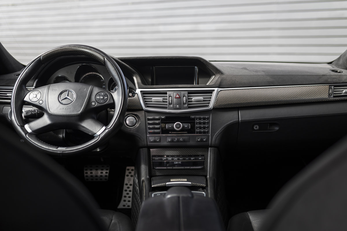 2009 V12 BRABUS LHD COST NEW 498K Euros  For Sale (picture 12 of 24)