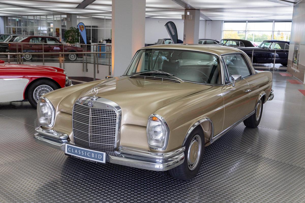1969 Mercedes-Benz 280 SE Coupé For Sale (picture 1 of 6)