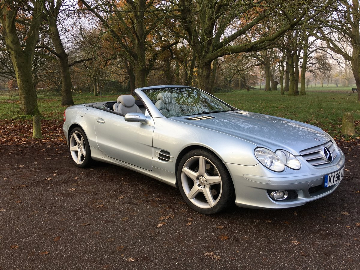 Mercedes SL350 Convertible Sports Auto 2006/56 bargain SOLD (picture 1 of 6)