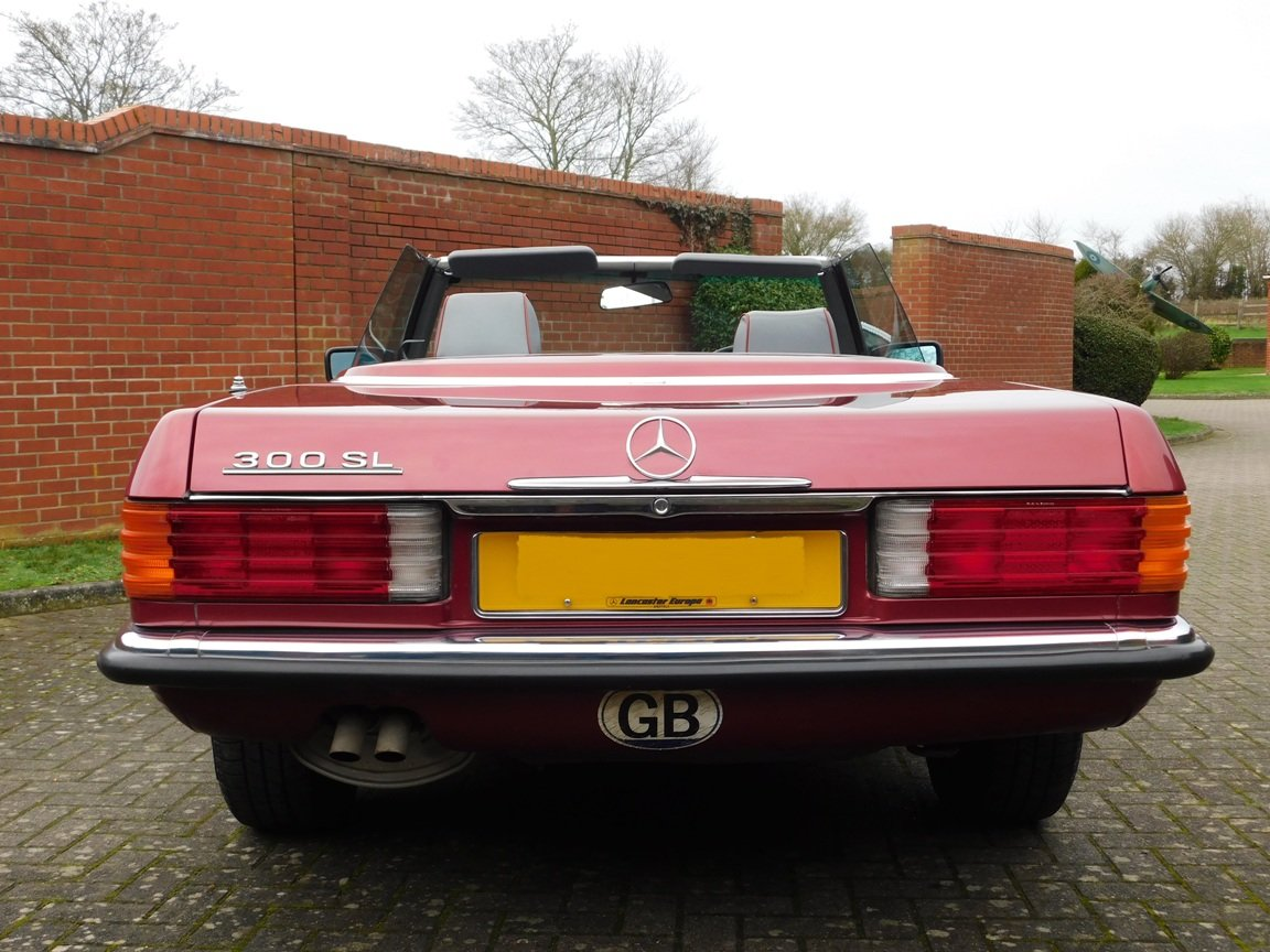 1989 Mercedes-Benz 300SL Convertible Automatic For Sale (picture 4 of 16)