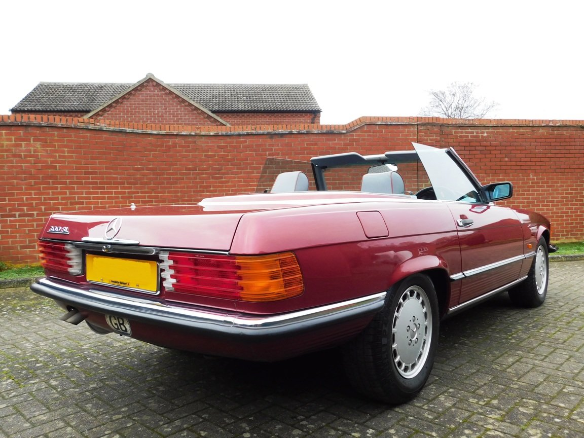 1989 Mercedes-Benz 300SL Convertible Automatic For Sale (picture 6 of 16)