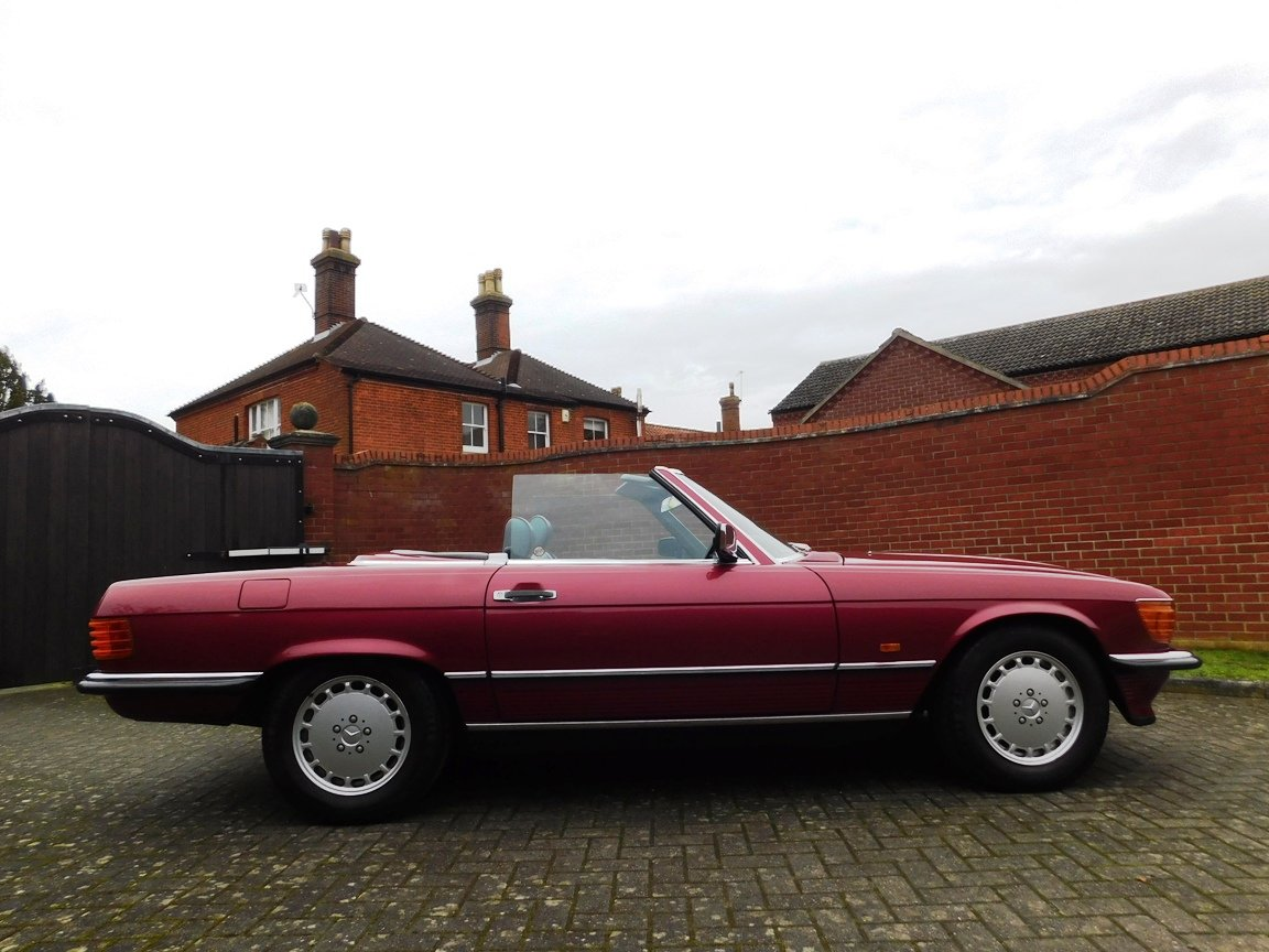 1989 Mercedes-Benz 300SL Convertible Automatic For Sale (picture 7 of 16)