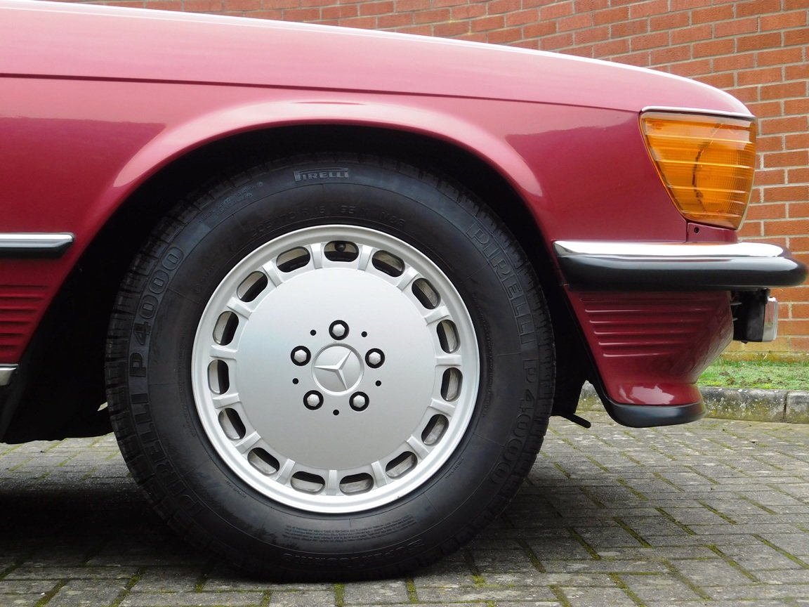 1989 Mercedes-Benz 300SL Convertible Automatic For Sale (picture 8 of 16)