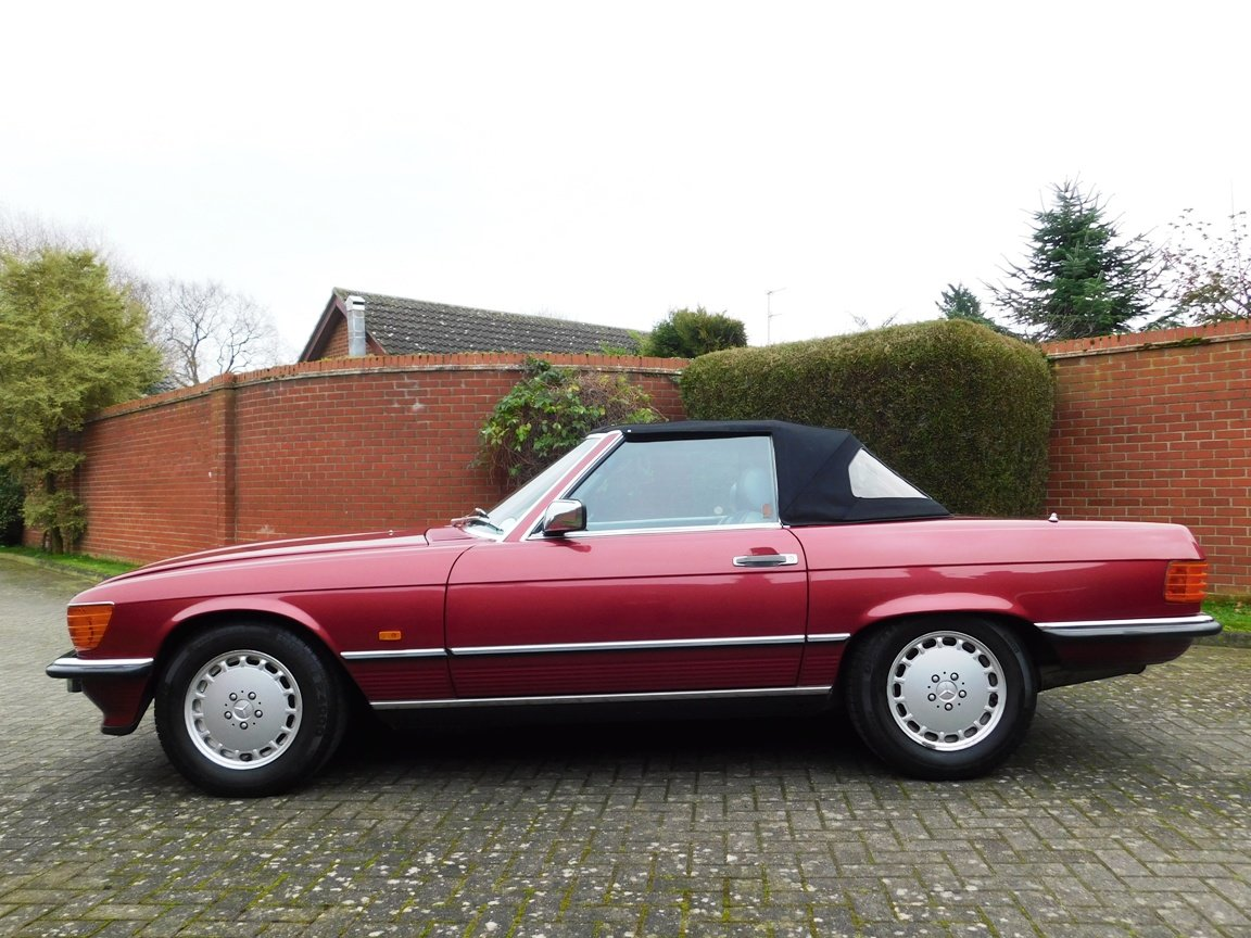1989 Mercedes-Benz 300SL Convertible Automatic For Sale (picture 15 of 16)