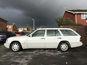 1994 Mercedes w124 200te estate 99000 miles immaculate For Sale