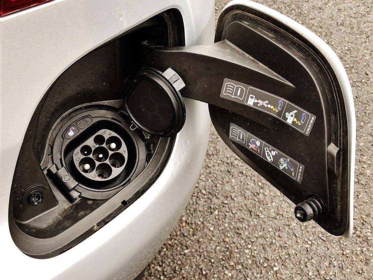 2018 MERCEDES-BENZ C350e ELECTRIC/PETROL SPORT PREMIUM AUTO SOLD (picture 5 of 6)