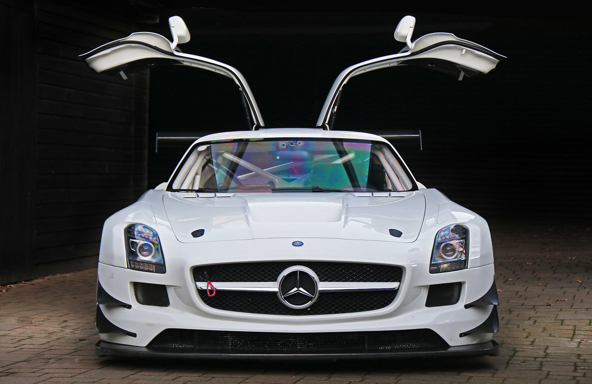 2011 Mercedes SLS GT3 A one owner AMG built car never raced For Sale (picture 3 of 6)