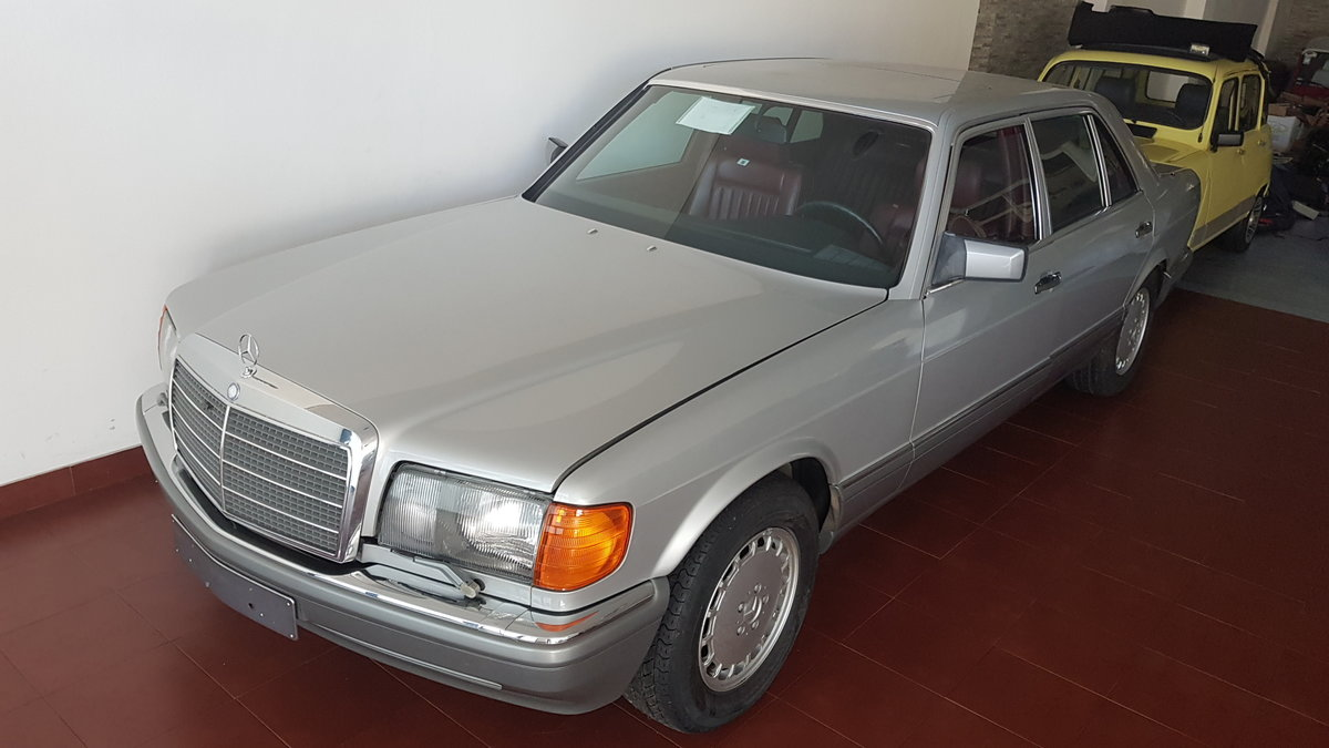 1986 Mercedes 560 SEL  ( Time Capsule )  46 Km  (W126)  For Sale (picture 2 of 6)