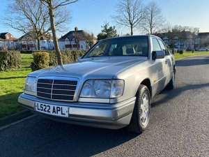 Picture of 1993 Mercedes E220 Silver 124 Model Automatic For Sale