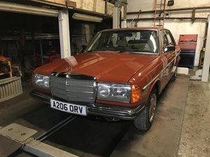 1983 Mercedes 230e 123 4 door saloon  new mot For Sale