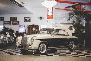 1960 Mercedes-Benz 220 SE Coupé For Sale by Auction