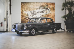 1963 Mercedes-Benz 220 SE Berline   For Sale by Auction