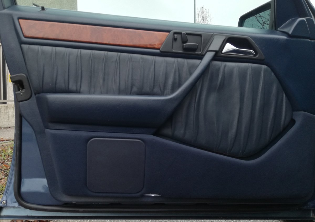 1992 MERCEDES BENZ W124 300D TD For Sale (picture 5 of 6)
