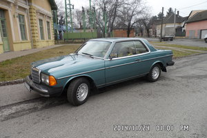 1982 Mercedes Benz W 123 300 cd coupe USA