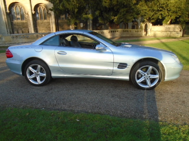 2003 Mercedes SL500 Convertible. Genuine 65000 Miles.REDUCED For Sale (picture 3 of 6)