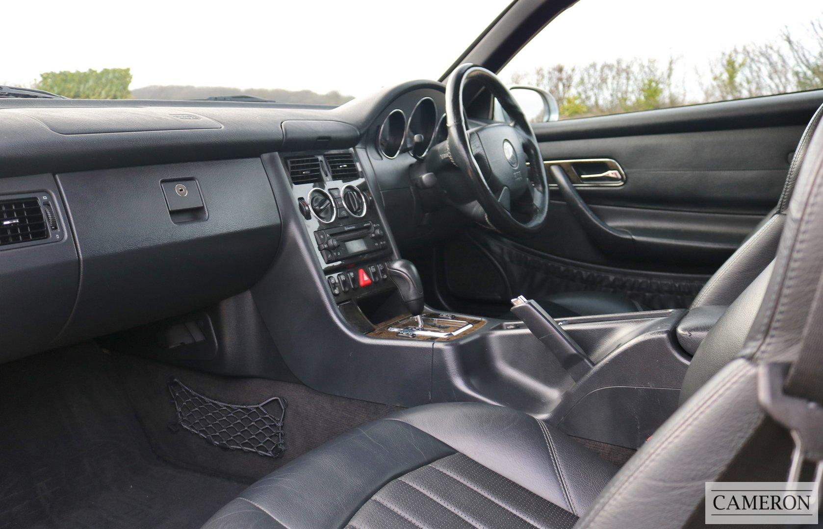 2003 Mercedes Benz SLK 32 AMG  For Sale (picture 3 of 6)