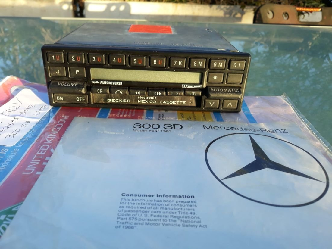 1980 MERCEDES 300 SD LHD ex USA turbodiesel AIRCON & SUNROOF For Sale (picture 4 of 6)