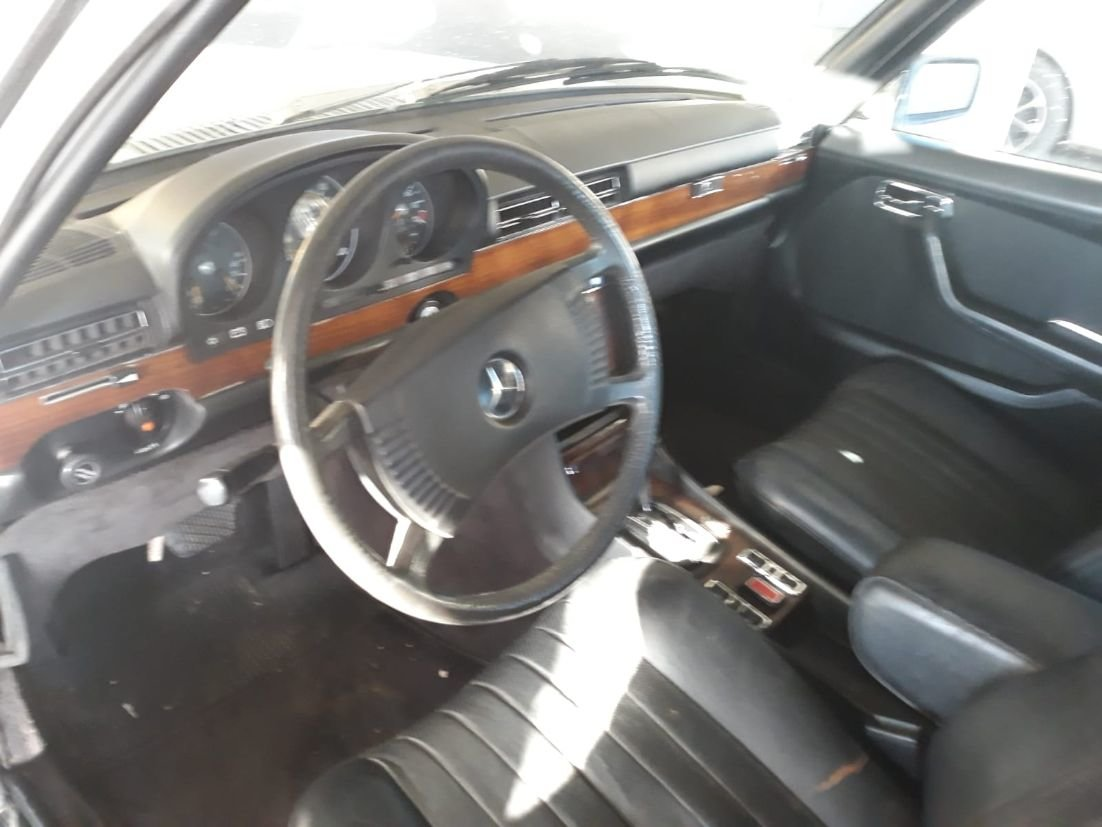 1980 MERCEDES 300 SD LHD Turbodiesel  & SUNROOF For Sale (picture 4 of 6)