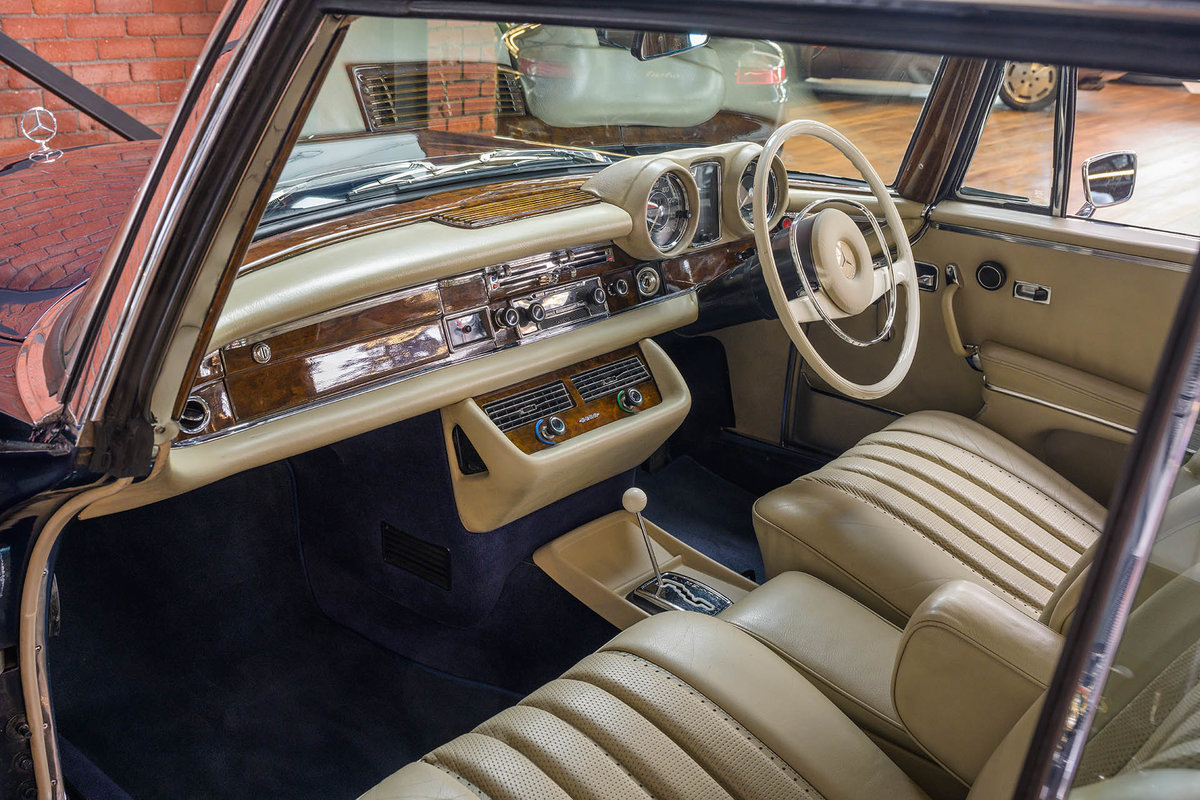 1970 Mercedes Benz 280SE 3.5 Coupe For Sale (picture 4 of 6)