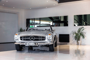 1968 Mercedes-Benz 280 SL Pagoda in Silver by Hemmels For Sale