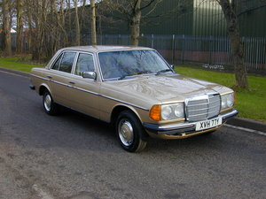 1982 MERCEDES BENZ W123 230e - UK RHD - BEST VALUE!! For Sale