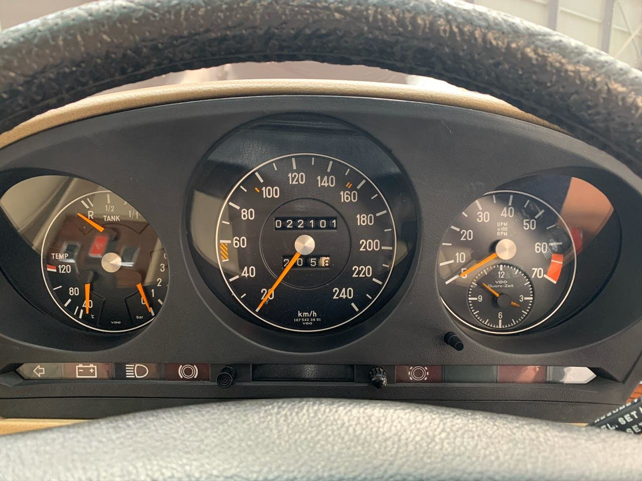 1979 Mercedes-Benz R107 450SL For Sale (picture 2 of 6)