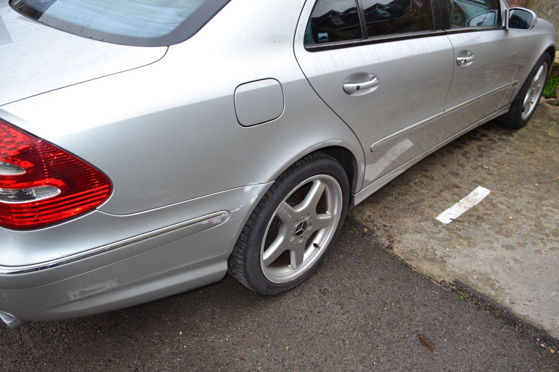 2004 Mercedes E320 For Sale (picture 3 of 6)