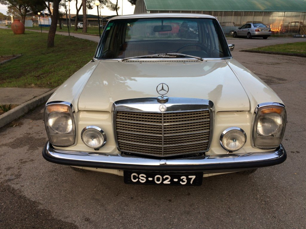 1969 Mercedes  totaly restored For Sale (picture 2 of 6)