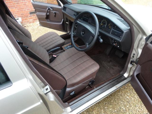 1991 MERCEDES 190E 1.8 AUTO For Sale (picture 5 of 6)