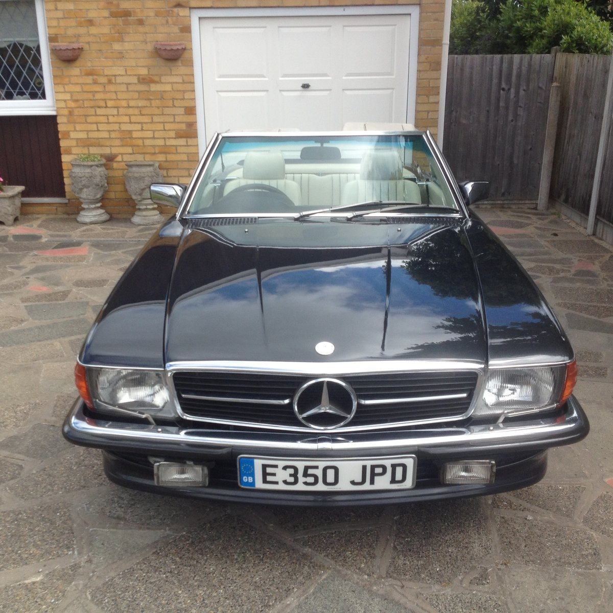 1988/E Mercedes 300SL R107  FSH    HPI CLEAR    For Sale (picture 2 of 6)