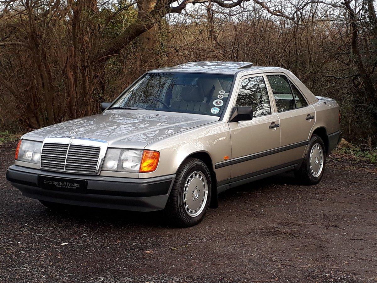 STUNNING LOW MILEAGE, SHOW WINNING 1988 MERCEDES W124 300E ...