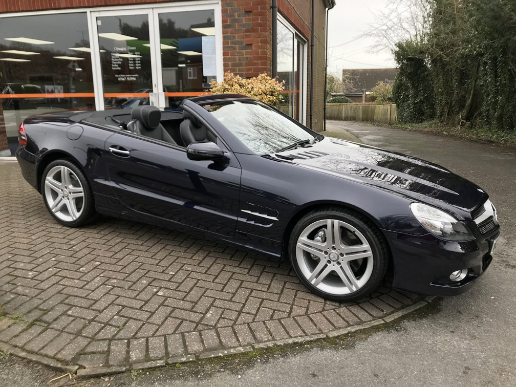 2008 MERCEDES-BENZ SL350 SPORT (Just 12,000 miles from new) For Sale (picture 1 of 6)