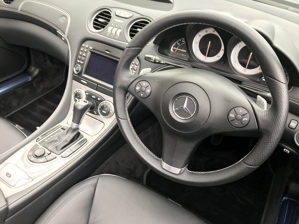 2008 MERCEDES-BENZ SL350 SPORT (Just 12,000 miles from new) For Sale (picture 5 of 6)