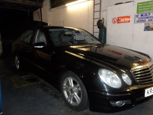 2008 58 PLATE MERCEDS BENZ E220 DIESEL AUTO BLACK WITH LEATHER